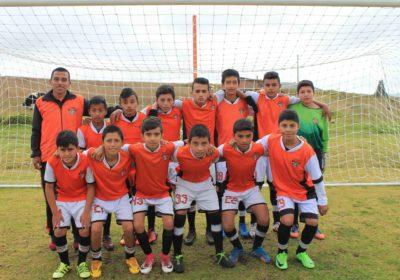 Intantil_Escuela_de_fútbol_Weymar_Olivares